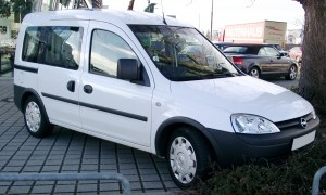 opel_combo_front