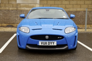 Jaguar XKR-S in blue