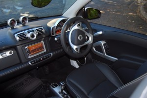 Smart ForTwo Brabus Cabriolet Interior
