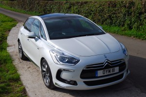 Citroen DS5 OS three quarter
