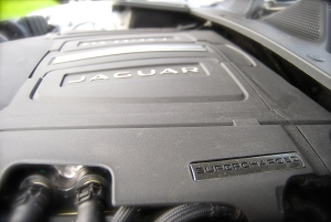 Jaguar 3.0 V6 supercharged engine