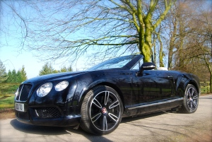 Bentley Continental GTC V8 side