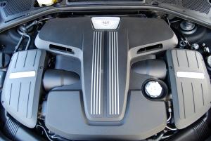 Bentley V8 engine