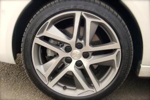 Peugeot 308 wheel
