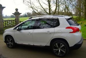 Peugeot 2008 side