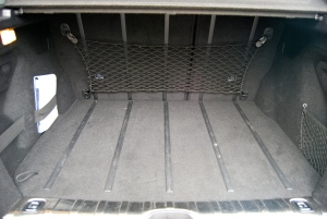 Slide rails in cargo area - so simple yet so effective