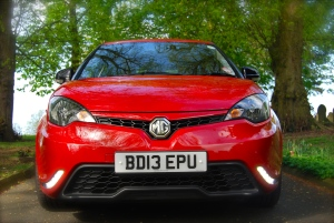 MG 3Form Sport front1