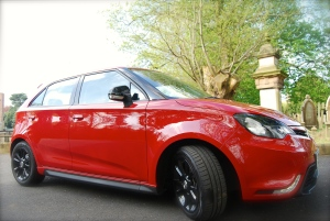 MG 3Form Sport side
