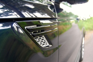 Range Rover Sport HSE side vent