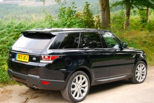 Range Rover Sport HSE side