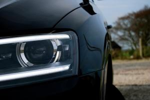 Audi_Q3_TFSI_Sline_front_light