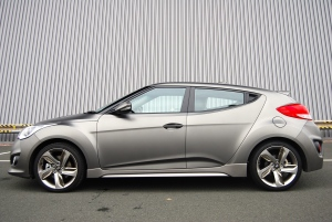 hyundai_veloster_turbo_side_door