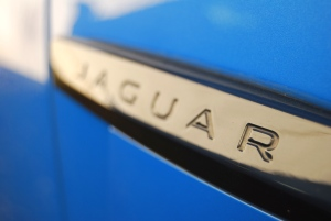 Jaguar_XFR-S_side_badge