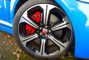 Jaguar_XFR-S_wheel