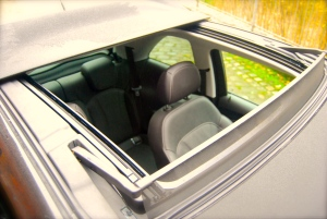 vauxhall_adam_rocks_air_sunroof